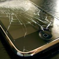 Planul Apple: Sa faca iPhone-urile imune la socuri!