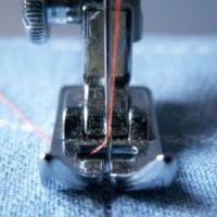 Afaceri profitabile in 2013: Cursuri de croitorie!