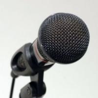 Iti este frica sa vorbesti in public? 4 sfaturi care te ajuta sa faci fata oricarei situatii!