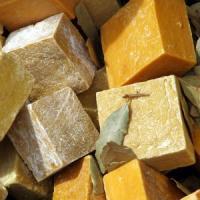Afaceri simple si banoase: Cum sa realizezi sapunuri medicinale acasa?