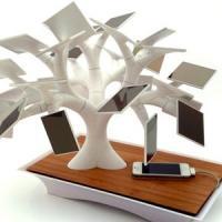 Idei de afaceri geniale - Sculpturi customizabile care ne incarca mobilele!