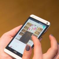 Afaceri inedite: 4 tineri au lansat serviciul online care iti permite sa faci schimb de haine