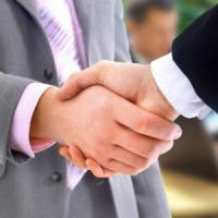 Succes in negocieri: 4 reguli de aur din partea unui expert in negocieri