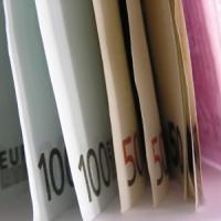 Guvernul ofera 10.000 de euro oricui vrea sa isi deschida o prima afacere
