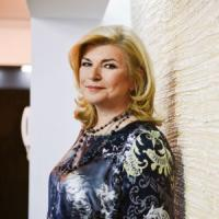 Paula Dobrescu, femeia de afaceri care ruleaza anual 18 milioane de euro cu 36 de angajati