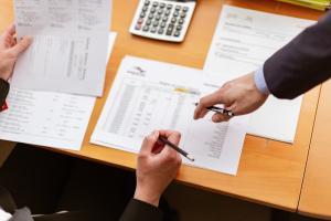 3 idei de afaceri profitabile care tin cont de nevoile de baza ale potentialilor clienti